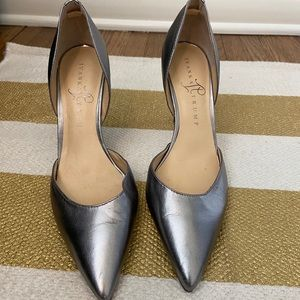 Ivanka Trump itChanise-V Silver Leather Heels